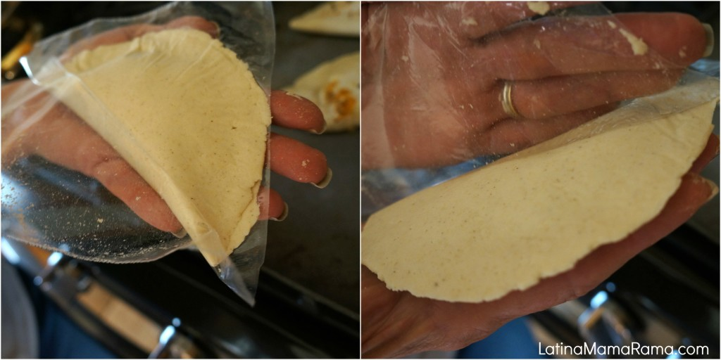 how to make empanada de frijoles